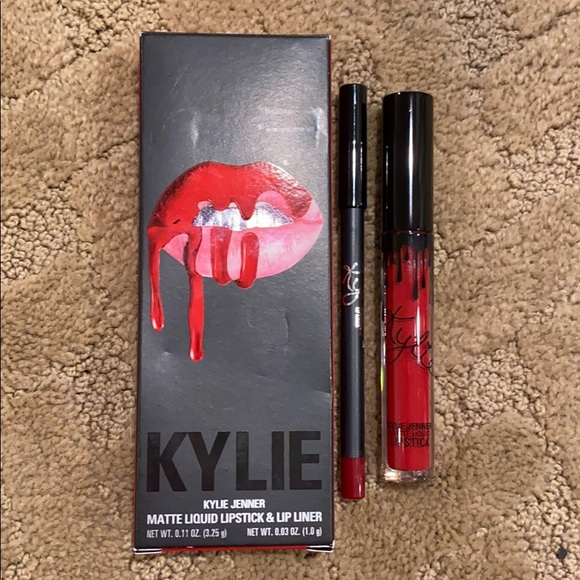 Kylie Cosmetics Other - BRAND NEW Kylie Jenner Lip Kit in iconic red
